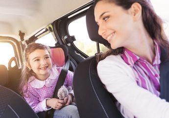 Aturan Tepat Bawa Anak saat Berkendara, Salah Satunya Sering Luput dari Perhatian Kita, nih!