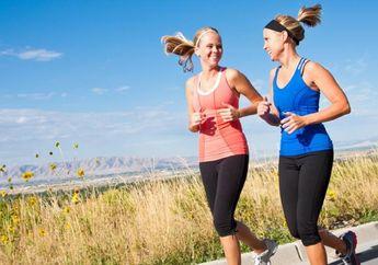 Cara Menghilangkan Bau Keringat pada Pakaian Olahraga