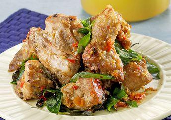 Resep Ayam Penyet: Ayam Penyet Kemangi yang Menggoda dari Aromanya