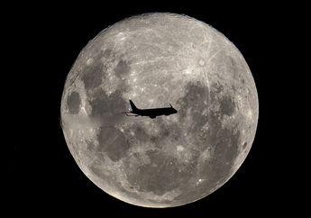 Foto-foto Fenomena Langka Super Snow Moon Ini Bikin Kita Tercengang!