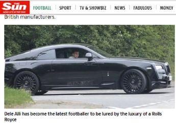 Bintang Tottenham Ini Kemudikan Mobil Seharga Rp 4,2 Miliar