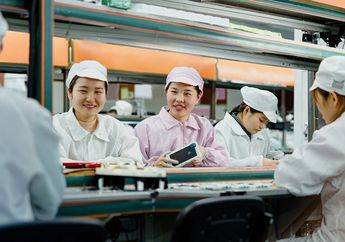 Foxconn Berharap Jumlah Produksi Kembali Normal di Akhir Maret