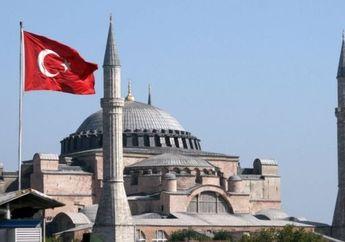 Saya Pejalan Bijak: Hagia Sophia Masih Bisa Dikunjungi Oleh Turis