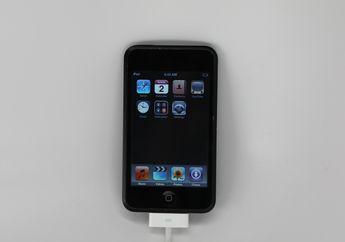 Purwarupa iPod Touch 1 dengan Bodi Hitam Mengkilat Beredar di Internet