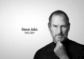 Cuitan Tim Cook Mengenang Steve Jobs Wafat 9 Tahun Lalu