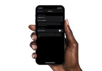 iOS 14.3 Beta Ungkap ProRAW iPhone 12 Pro Mendukung Lensa Ultra Wide