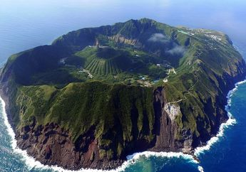 7 Desa IniTersembunyi di Tempat yang Sulit Dibayangkan, Salah Satunya Ada di Kawah Gunung Berapi