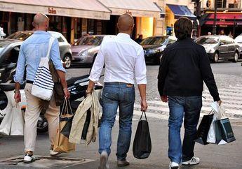 Duh, Saat Berbelanja Pria Ternyata Jauh Lebih Menyeramkan Ketimbang Wanita