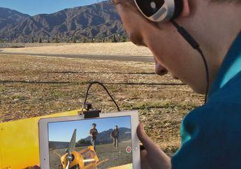 """Make a Film with iPad"", Iklan Pelajar Membuat Karya Film di iPad Air"