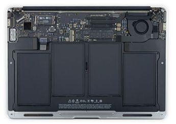 Logic Board MacBook Baru 2 Kali Lebih Besar dari Logic Board iPhone 6