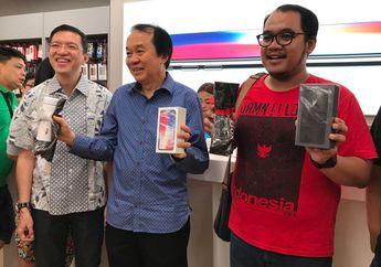 Pembeli Pertama iPhone X dan iPhone 8 Plus di Indonesia