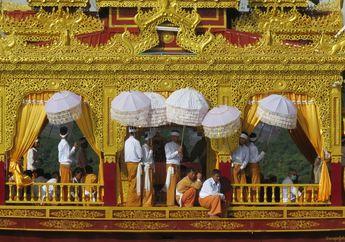 Merayakan Festival Pagoda