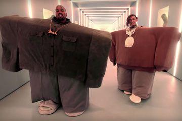 6 Meme Kolaborasi Kanye West Dan Lil Pump Terlucu Ngakak Banget Semua Halaman Hai
