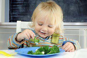 Bikin Si Kecil Doyan Makan Sayur Dengan Terapkan Hypnoparenting Semua Halaman Nakita