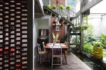 Inspirasi Desain Rumah Paduan Industrial Dan Urban Tropis Di Ruang Makan Semua Halaman Idea