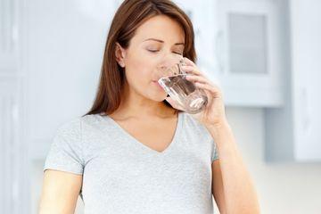 Minum Air Hangat Setiap Pagi Rasakan 5 Khasiat Ini Sesudahnya Termasuk Awet Muda Semua Halaman Nakita