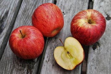 Manfaat Buah Apel Untuk Kesuburan Rahim
