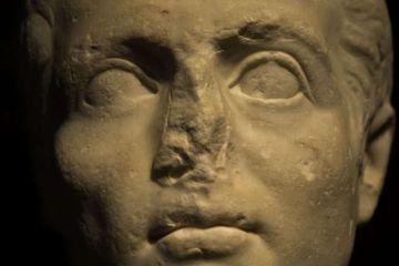 Mengapa Banyak Patung Kuno yang Kehilangan Hidungnya?