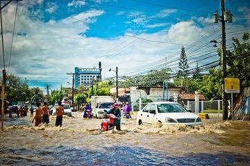 ♞ Terkini Mimpi melewati banjir togel