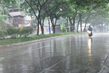 Ditengah Kemarau Menyengat Tiba Tiba Turun Hujan Ketahui Penyebabnya Semua Halaman National Geographic