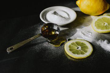Buat Sendiri Masker Lemon Dan Garam Ampuh Hilangkan Jerawat Dan Bintik Bintik Penuaan Yuk Dicoba Semua Halaman Intisari