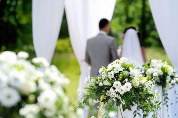 Hampir Samai Tingkat Pernikahan di Jepang yang Rendah, Masyarakat Korea  Selatan Makin Ogah Nikah, Kenapa? - Semua Halaman - Hype