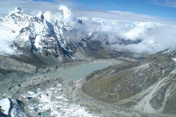 Semakin Mencair, Gletser Himalaya Berisiko Sebabkan Banjir