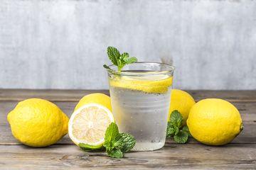 Rutin Minum Air Lemon Di Pagi Hari Saat Perut Kosong Perubahan Luar Biasa Ini Yang Akan Dirasakan Tubuh Semua Halaman Nakita