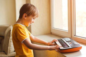 Sebutkan Lagu Dengan Tangga Nada Pentatonis Pelog Dan Pentatonis Slendro Inilah Kunci Jawaban Tvri 6 Agustus 2020 Untuk Sd Kelas 4 6 Semua Halaman Grid Id