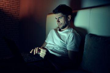 Jangan Lagi Keseringan Menonton Video Porno, Risikonya Grey Matter ...