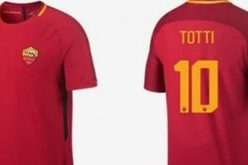 Daftar Nomor Punggung As Roma Peninggalan Francesco Totti Tak Bertuan Bolasport Com
