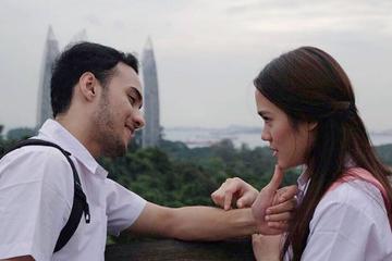 7 Film Indonesia Yang Bercerita Tentang Cinta Pertama Mana