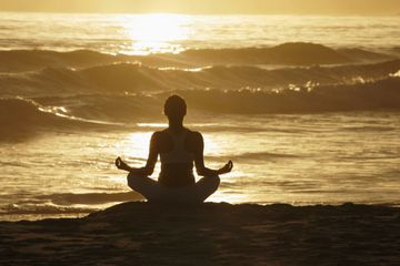 Manfaat Yoga Bagi Kesehatan Fisik dan Mental