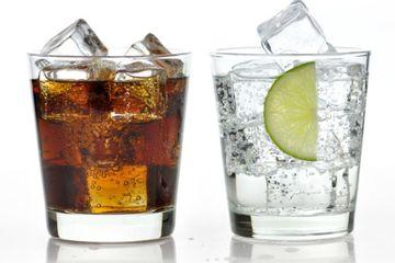 Kegemukan Hingga Kanker, Bahaya  Minum Soda Secara Berlebihan