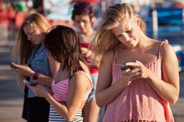 Pengguna Internet Mempengaruhi Gaya Hidup Global