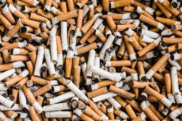Tak Hanya Sampah Plastik, Puntung Rokok Juga Berbahaya Bagi Lingkungan