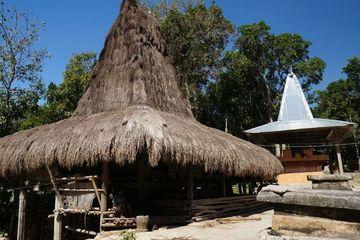 Intip Kemegahan Rumah Tradisi di Kampung Adat Nan Gagah di Sumba Barat