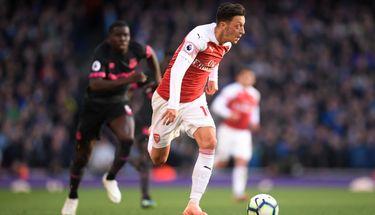 Arsenal Versi Unai Emery, Sepak Bola Operan Bermental Vertikal