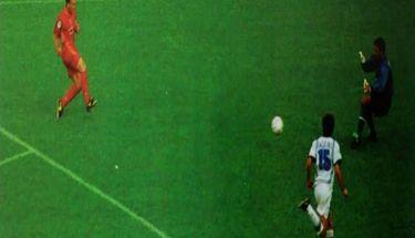 BOLA Hari Ini: Hujan Gol dalam Derbi Matahari AS Roma vs Napoli