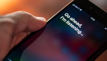 Kemampuan Siri Ditingkatkan Buka Aplikasi Pengolah Pesan non iMessage