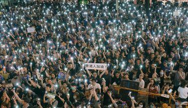 Apple Kembalikan Aplikasi Tracking, Pemerintah Tiongkok Protes