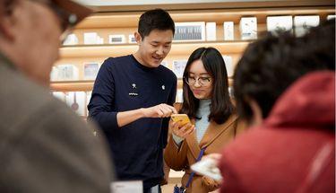 Tim Cook Sebut Sepertiga Pelanggan Apple Store Manfaatkan Sistem Trade-In