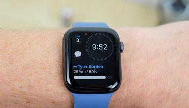 Apple Watch Masih Dominasi Pasar Smartwatch, Terus Tekan Fitbit