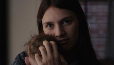 Serial 'Servant' Mulai Tayang di Apple TV+, Raih Skor Tinggi di Rotten Tomatoes