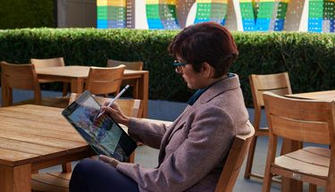 Apple Gandeng Seniman Urban Sketchers Berikan Workshop Gratis
