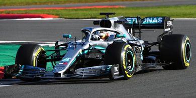 Tes Pramusim F1- Lewis Hamilton Coba Pahami tentang Mobil Barunya