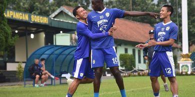 Ezechiel Mengultimatum Borneo FC - Persib Bertekad Rebut Kemenangan