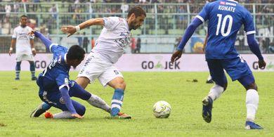 Milomir Seslija: Persib Tak Lebih Baik dari Arema FC