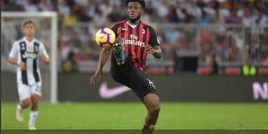 Gara-gara Didenda AC Milan, Franck Kessie Bisa Hengkang Musim Depan