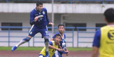 Persib Bandung Optimistis Tumbangkan Borneo FC yang Dilatih Mario Gomez